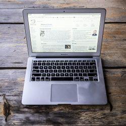 ¡Trabajador a la fuga! ¿Es difícil retener talento? macbook 2463076 1280 250x250