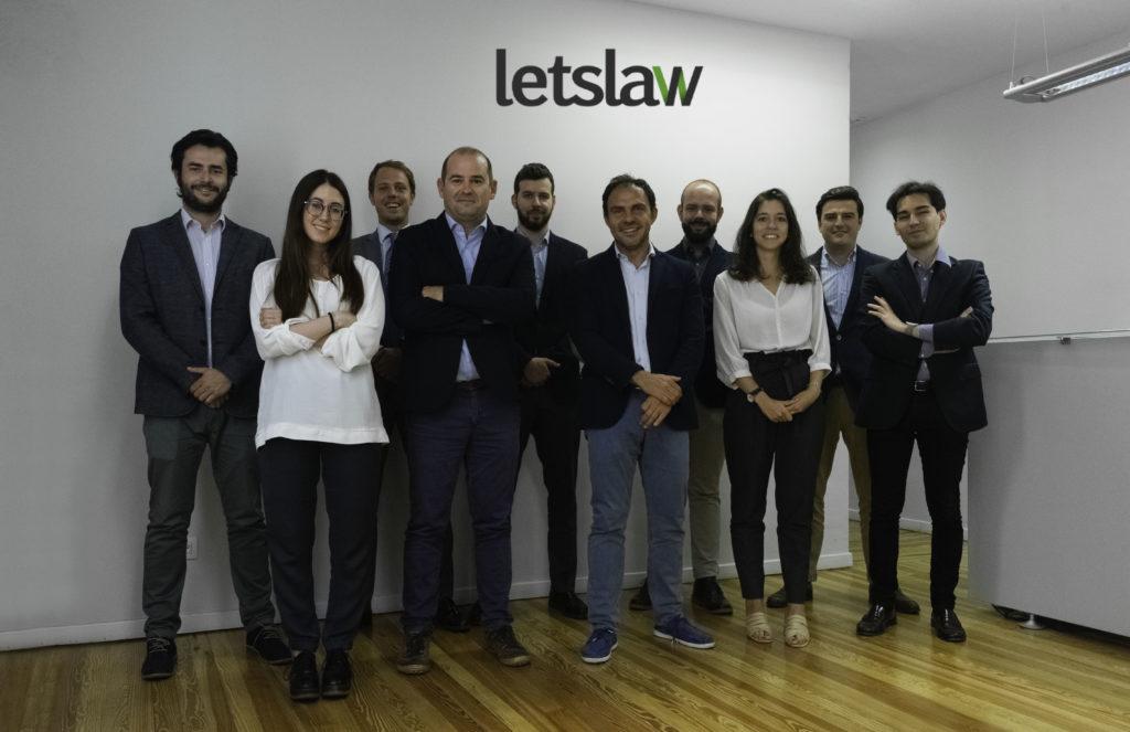 La protección legal necesaria en todo negocio digital lets law 3 con logo 1024x663