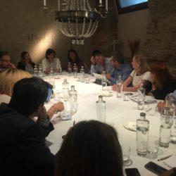 Foto debate La Latina Valley  19 Febrero 2020: 46º Debate sobre negocio digital y comercio electrónico Madrid foto de grupo oficial de los debates 250x250
